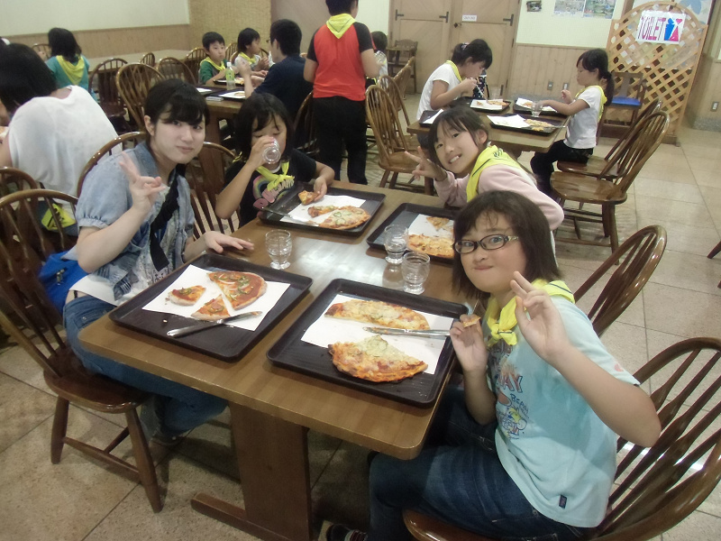 農業や料理を満喫!信州塩尻キャンプ~収穫体験や動物ふれあい、パン・ピザ・アイス作りなど