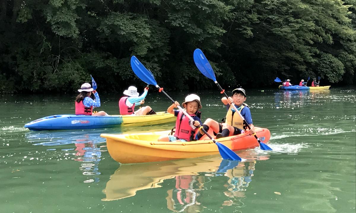 17715:大自然の湖を探検!おにしカヌーキャンプ