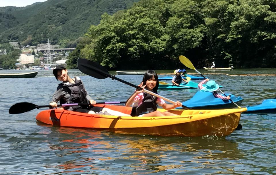 17734:大自然の湖を探検!相模湖カヌーキャンプ