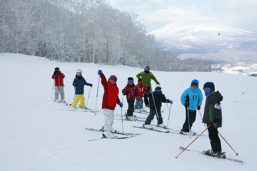 【冬休み・3泊4日】北海道・函館七飯スキーキャンプ(SAJスキーバッジテスト付き)