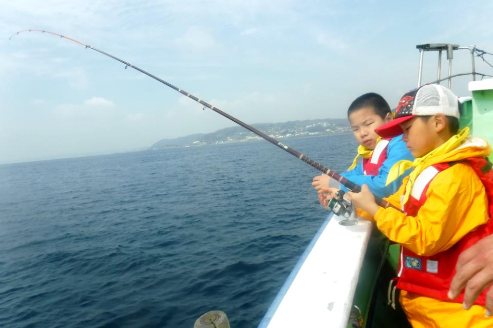 17739:葉山の魚と野菜をとって食べる!春の自然探検キャンプ